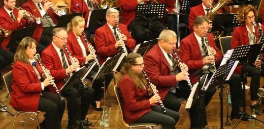 B-Klarinetten und Bassklarinette